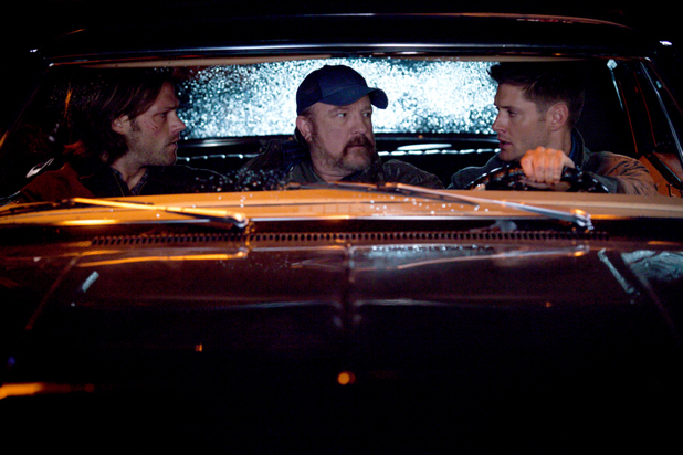 Jared Padalecki as Sam, Jim Beaver as Bobby and Jensen Ackles as Dean in 'Supernatural' S09E01: 'I Think I'm Gonna Like It Here'