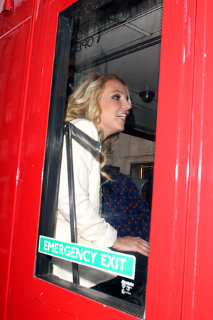 Britney Spears out and about, London, Britain - 15 Oct 2013 bus