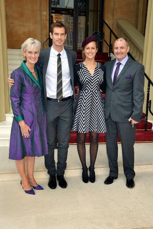 Andy Murray and family at Buckingham Palace, OBE investiture ceremony - October 17, 2013