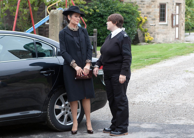 Steph is allowed to leave prison for Alan's funeral.