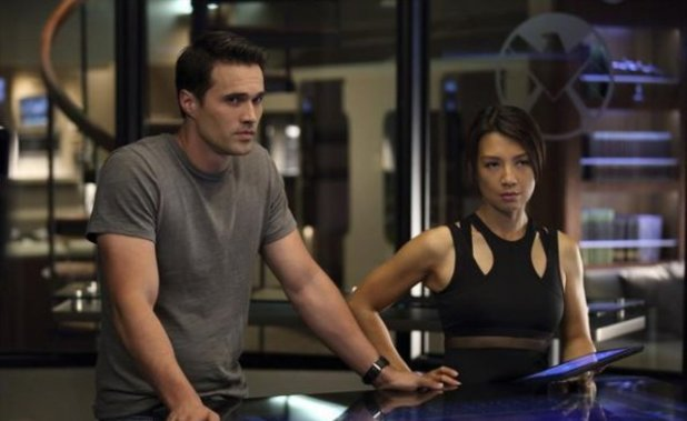 Marvel's Agents of S.H.I.E.L.D Season 1 Episode 5: 'Girl in the Flower Dress'