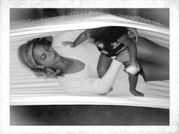 Beyoncé and Blue Ivy hug in a hammock