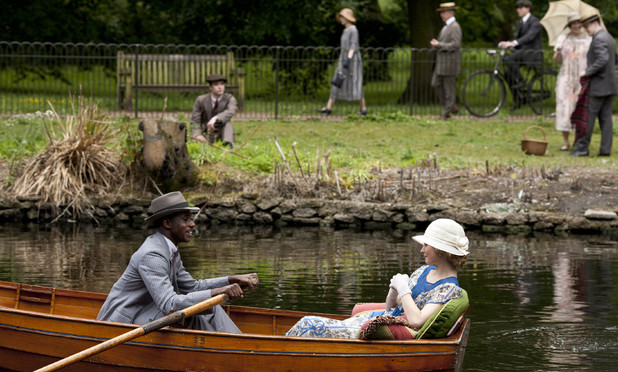 Gary Carr as Jack Ross and Lily James as Lady Rose in Downton Abbey series 4 episode 7
