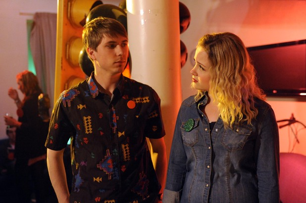 Joe Thomas as Kingsley and Kimberley Nixon as Josie in 'Fresh Meat' Series 3 - Episode 1