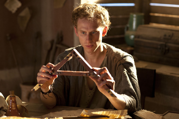 Pythagoras (Robert Emms) in Atlantis episode 6
