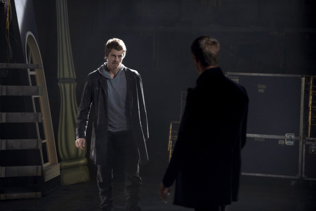 Luke Mitchell as John and Jason Dohring as Killian in 'The Tomorrow People' S01E04 'Kill Or Be Killed'