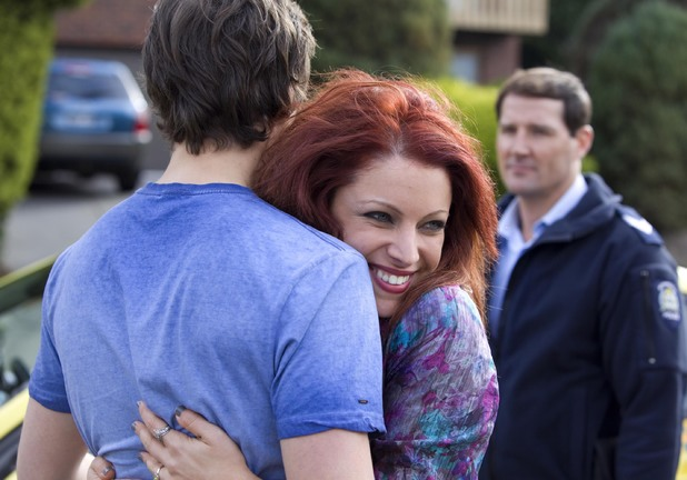 Rhiannon returns to Ramsay Street.