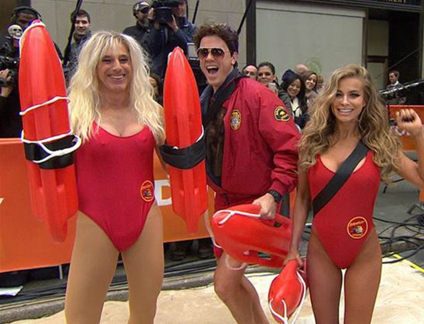 Matt Lauer dresses as Pamela Anderson on 'Today'