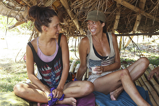 Ciera Eastin and Laura Morett in 'Survivor: Blood vs Water' - 'Skin of my Teeth'