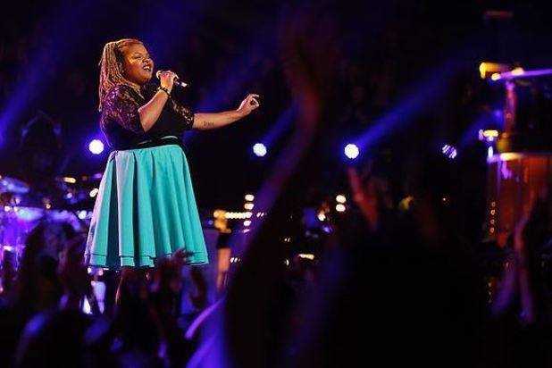 Stephanie Anne Johnson performs on The Voice live shows, part 2