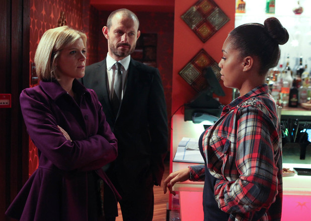 Steph has come for the job at the Bistro but Nick wants Leanne to do the interview.