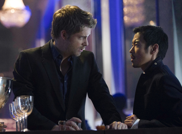 Luke Mitchell as John Young and Aaron Yoo as Russell Kwon in 'The Tomorrow People' S01E05: 'All Tomorrow's Parties'