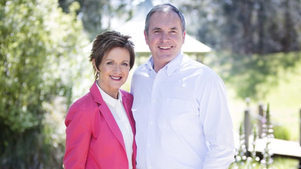 Jackie Woodburne and Alan Fletcher as Susan and Karl Kennedy