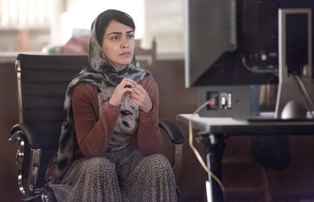 Nazanin Boniadi as Fara in Homeland episode 7: 'Gerontion'