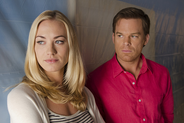 Michael C. Hall as Dexter Morgan and Yvonne Strahovski as Hannah McKay in 'Dexter' S08E08