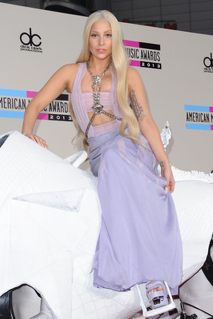 American Music Awards, Arrivals, Los Angeles, America - 24 Nov 2013