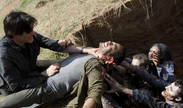 The Governor (David Morrissey) and Martinez (Jose Pablo Cantillo) in The Walking Dead: 'Dead Weight'