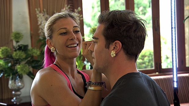 Marie and Tim are made up as Javanese brides in The Amazing Race: 'Cobra in My Teeth'
