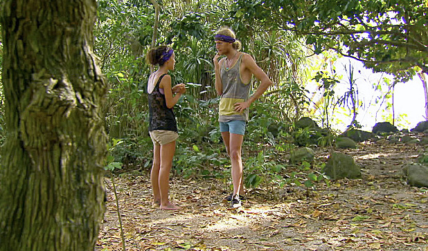 Ciera and Tyson during Survivor: Blood vs Water: 'Gloves Come Off'
