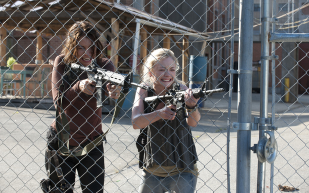 Maggie Greene (Lauren Cohan) and Beth Greene (Emily Kinney)  in The Walking Dead: 'Too Far Gone'