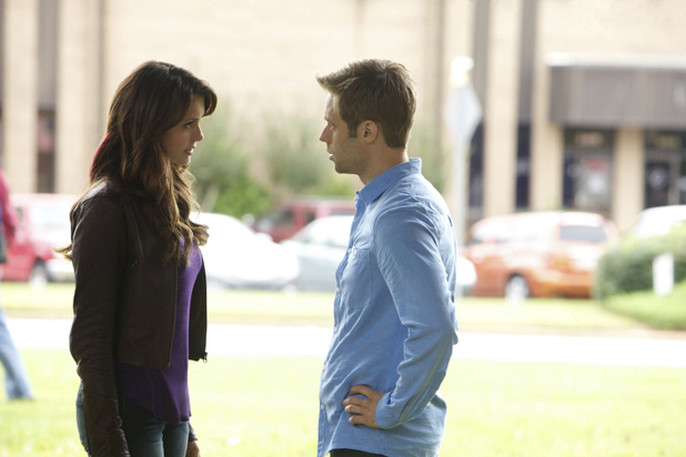 Nina Dobrev as Elena and Shaun Sipos as Aaron in The Vampire Diaries: 'The Cell'