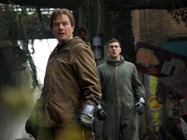 Bryan Cranston, Aaron Taylor-Johnson in Godzilla