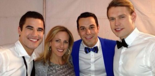 Marlee Matlin with Glee stars