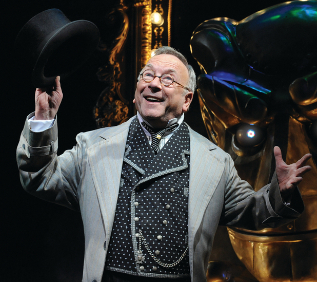 Sam Kelly as the Wizard