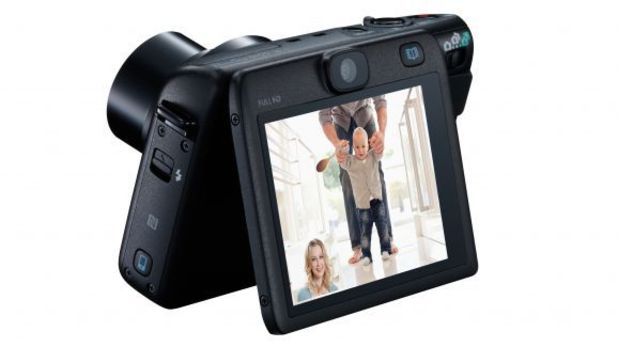 Canon's PowerShot N100 dual lens camera