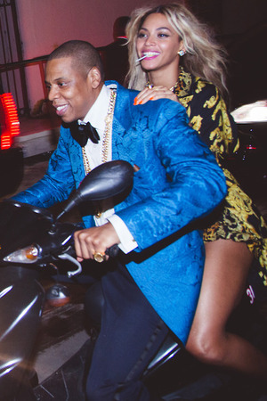 Beyoncé takes a ride with Jay Z