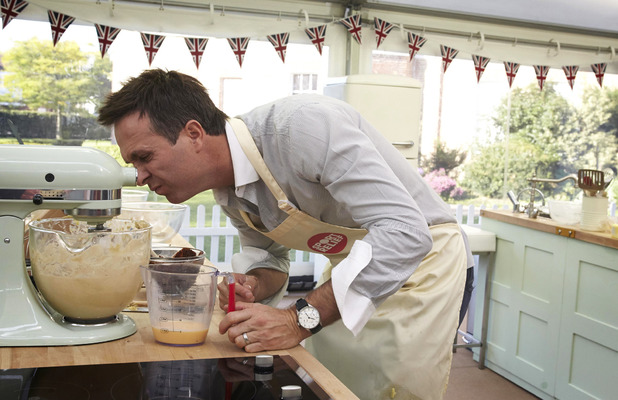 Michael Vaughan on Sport Relief Bake Off