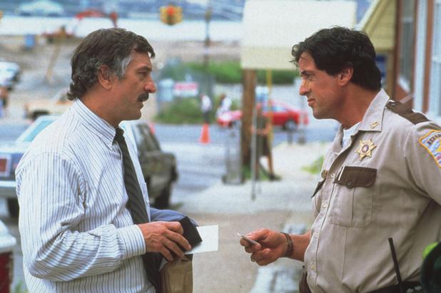 Sylvester Stallone, Robert De Niro in Cop Land