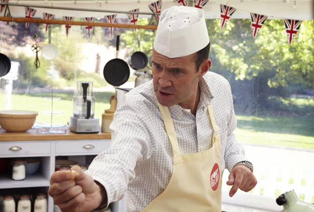 Johnny Vaughan on Sport Relief Bake Off