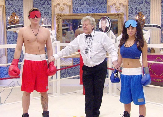 Blindfolded boxing task with Lee and Casey