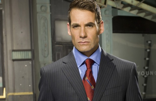 Adrian Pasdar as Nathan Petrelli in Heroes