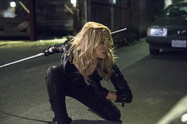 Caity Lotz as Canary in 'Arrow' S02E13: 'Heir to the Demon'