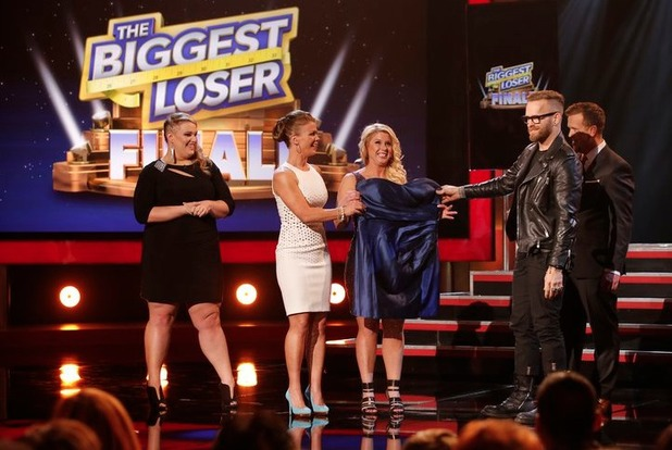 Holley Mangold, Alison Sweeney, Chelsea Arthurs, Bob Harper and Matt Hooper on The Biggest Loser S15E15: 'Live Finale'