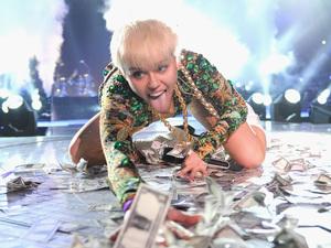 "Miley Cyrus opens her ""Bangerz Tour"""
