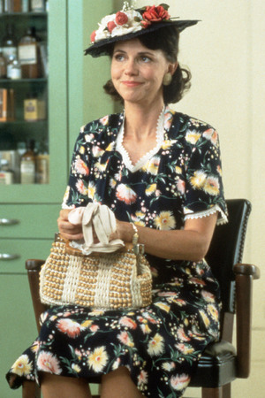 Sally Field, Forrest Gump
