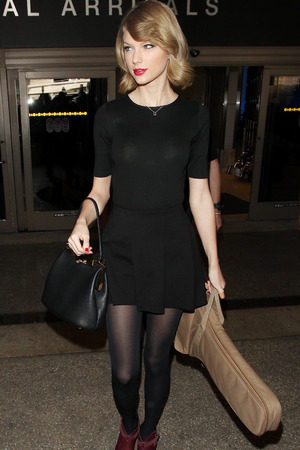 Taylor Swift at LAX airport, Los Angeles, America - 12 Feb 2014