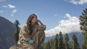 Directed by Imtiaz Ali and presented by Sajid Nadiadwala, Highway stars Randeep Hooda and Alia Bhatt in lead roles. The film is all set to release worldwide on February 21, 2014.