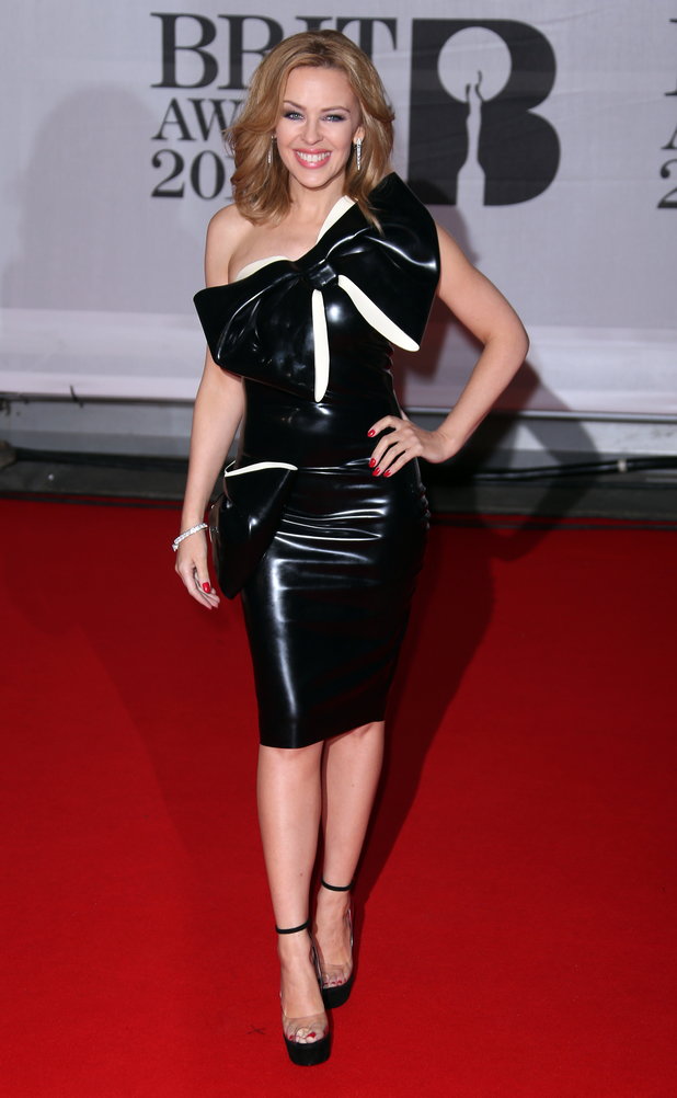 Brit Awards 2014: Red Carpet Arrivals