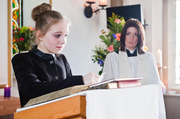 Belle talks at Gemma's funeral.