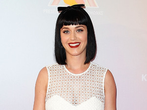 SYDNEY, AUSTRALIA - MARCH 04: Katy Perry poses for media at Telstra HQ, George Street on March 4, 2014 in Sydney, Australia. (Photo by Brendon Thorne/Getty Images)