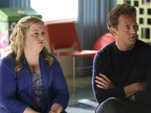 Sarah Baker as Sonia, Matthew Perry as Ryan King in Go On
