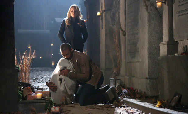 Charles Michael Davis as Marcel and Claire Holt as Rebekah in The Originals S01E15: 'Le Grand Guignol'