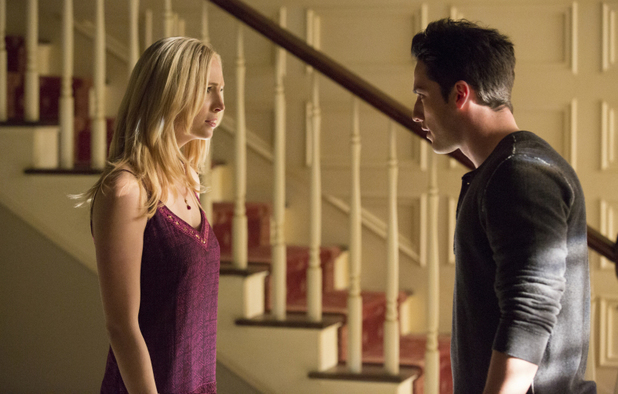 Candice Accola as Caroline and Michael Trevino as Tyler in The Vampire Diaries S05E14: 'No Exit'