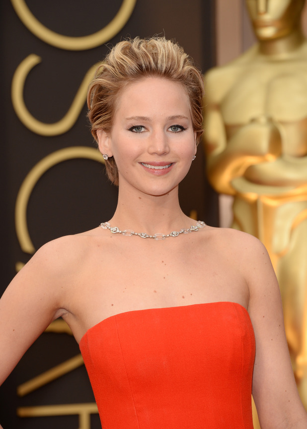 Jennifer Lawrence Oscars 2014 Dior dress