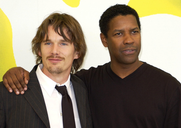 Ethan Hawke & Denzel Washington during Venice 2001 - Training Day Photo Call