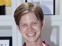 Lee Norris is reprising his role as Minkus in the Disney Channel show.